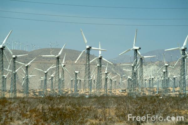 wind-turbine-generators-palm-springs-cal