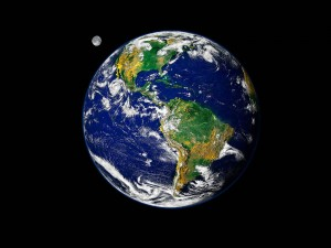 Blue_Earth_and_Moon