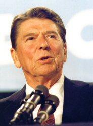 Reagan at the mic